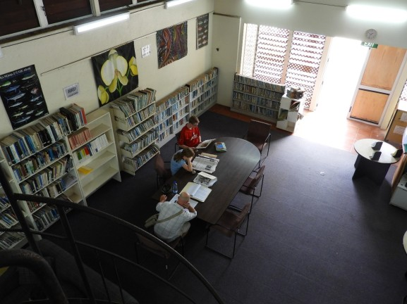 Cook Islands National Library interior1